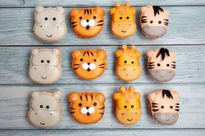 Decorative Macarons