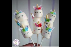 Decorative Marshmallow Pops