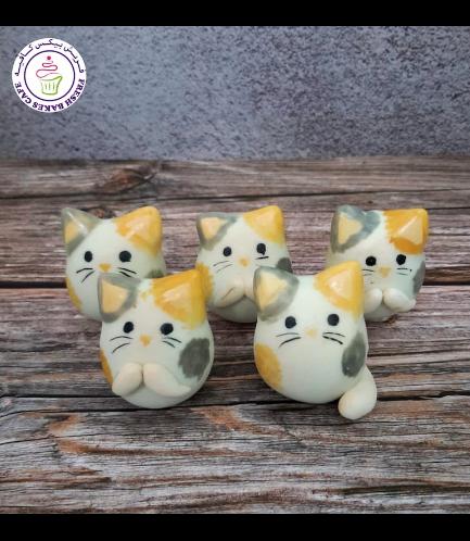 Cat Themed Cake Pops w/o Sticks 01