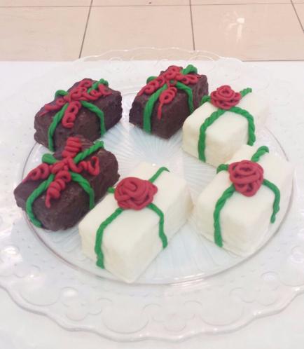 Christmas Themed Krispie Treats 5