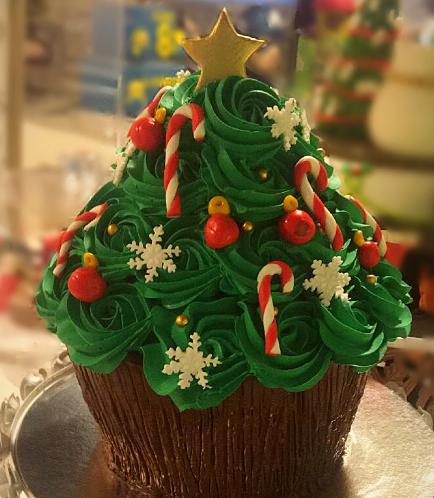 Cake - Christmas Tree Themed Mega Cupcake