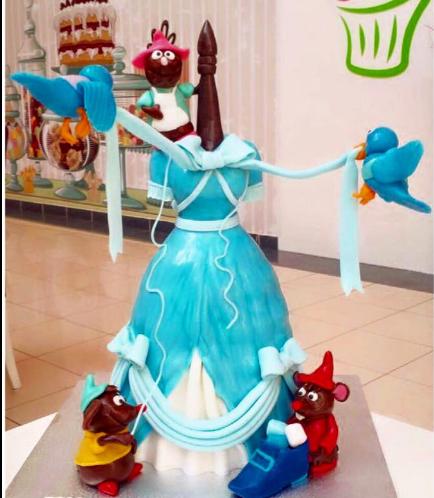 Cinderella Themed Cake - Mannequin
