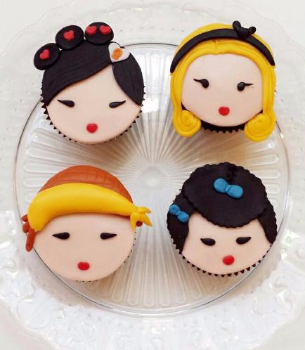 Cute Girls Cupcakes