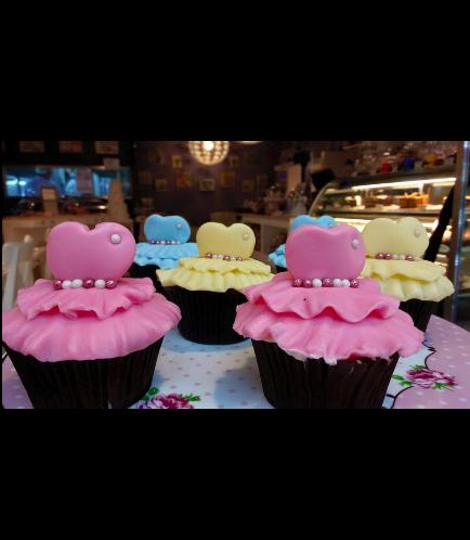 Dress Themed Cupcakes 01