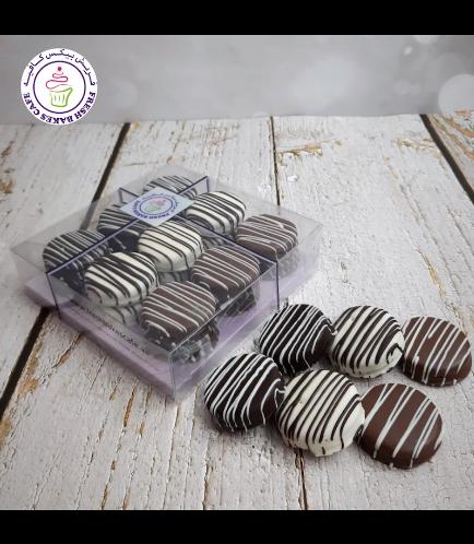 Chocolate Covered Oreos Box 01