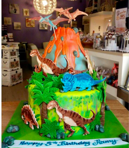 Dinosaur Themed Cake 03