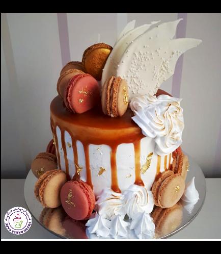 Cake with Macarons 07