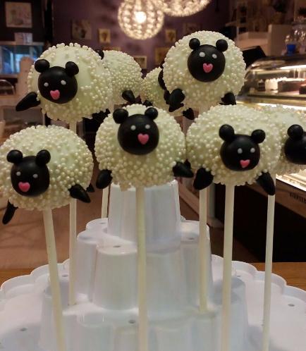 Eid Themed Cake Pops 3