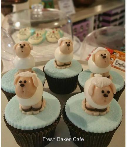 Eid Al Adha Themed Cupcakes - Sheep - 3D Toppers - Fondant 02