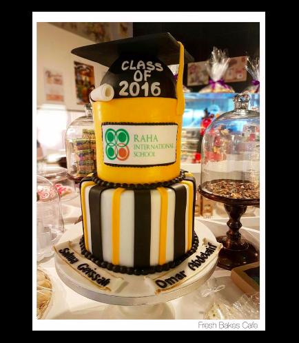 Graduation Themed Cake 12