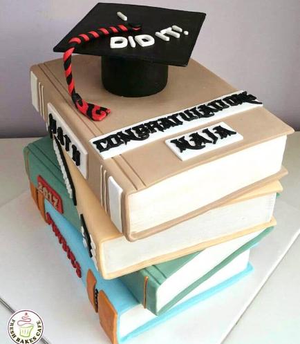 Graduation Themed Cake 27b