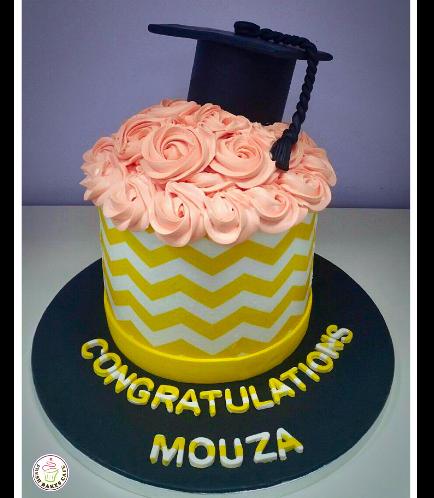 Graduation Themed Cake 28a