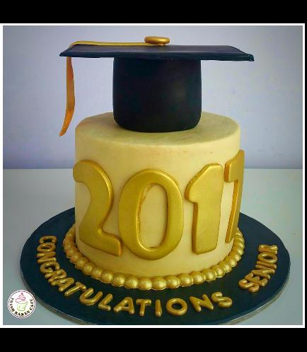 Graduation Themed Cake 33