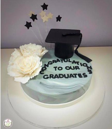 Graduation Themed Cake 39
