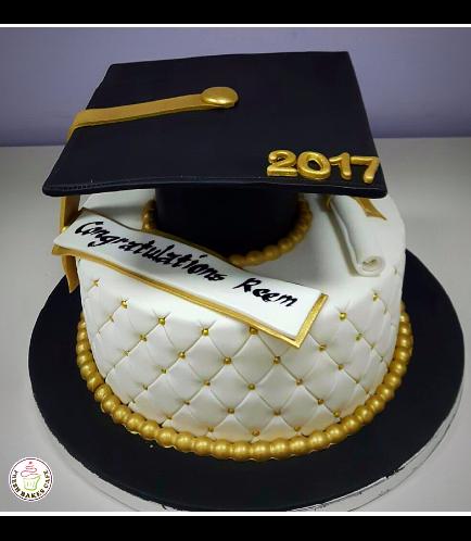 Graduation Themed Cake 42
