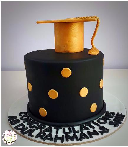 Graduation Themed Cake 43