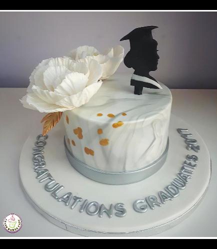 Graduation Themed Cake 44a