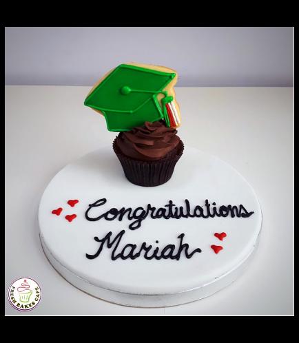 Graduation Themed Cupcakes 10