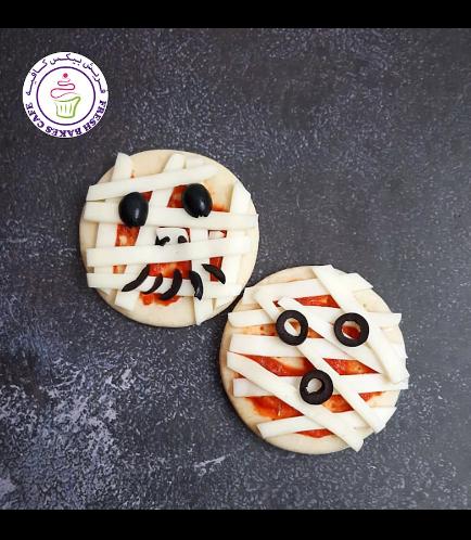 Halloween Themed Pizza - Mummies - Minis 02