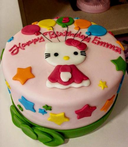 Hello Kitty Themed Cake 01