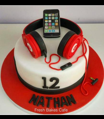 IPhone & Headphones Themed Cake