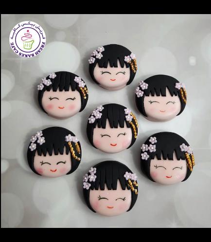 Kokeshi Doll Themed Chocolate Covered Oreos