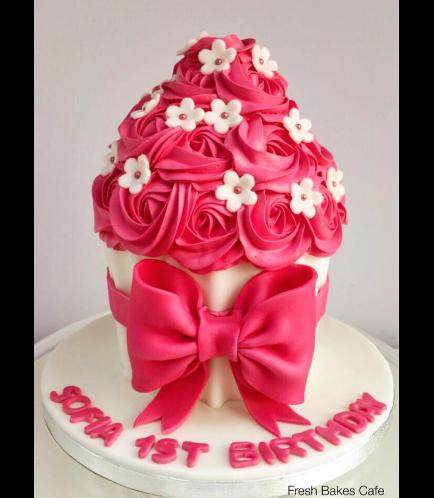 Mega Cupcake 1