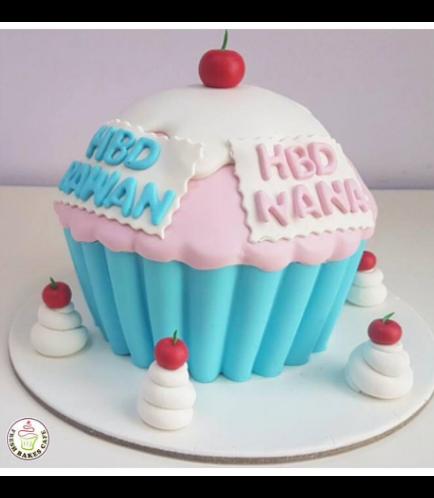 Mega Cupcake 15