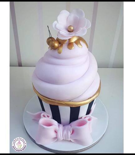 Mega Cupcake 20