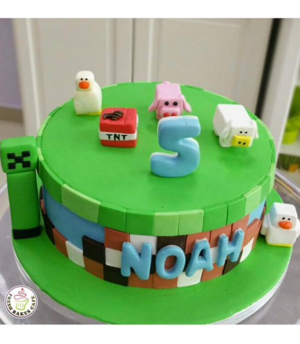 Minecraft Themed Cake 14