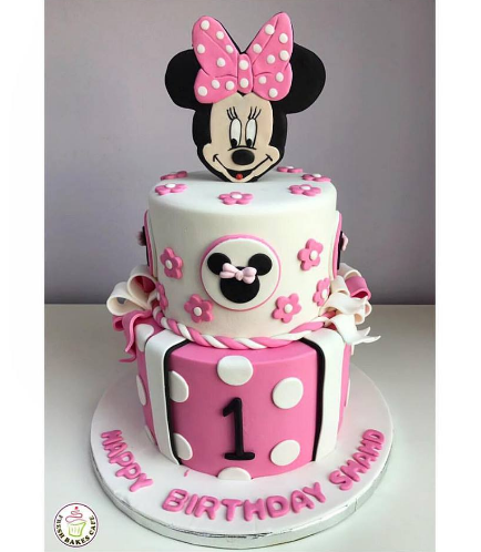 Minnie Mouse Themed Cake 06