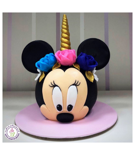 Minnie Mouse Themed Cake 34