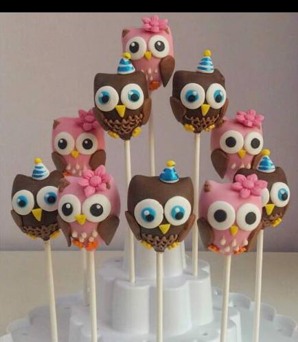 Owl Themed Cake Pops 3