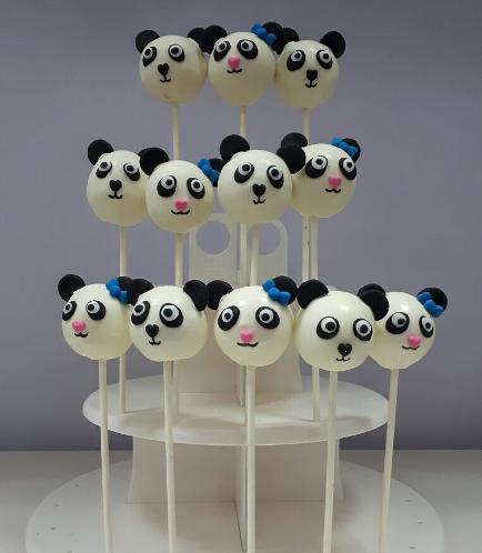 Panda Themed Cake Pops