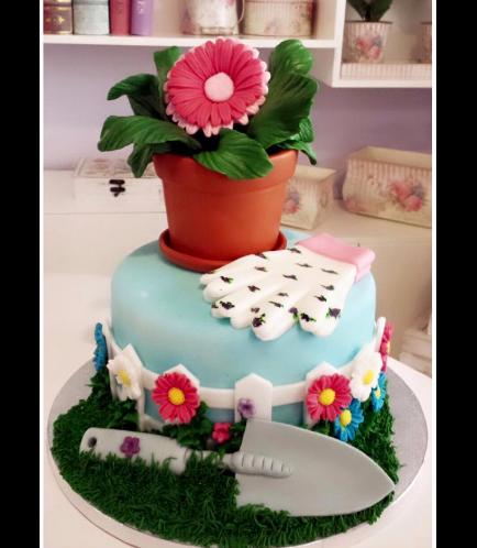 Gardening Themed Cake 01