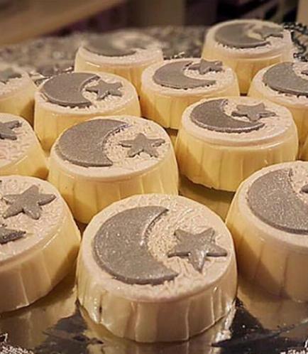 Ramadan Themed Chocolate Covered Oreos 1