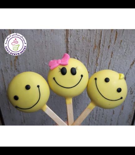 Smiley Themed Popsicakes 01