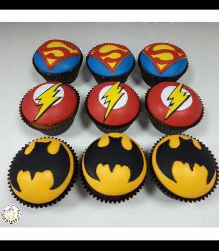 Superheroes Themed Cupcakes 06