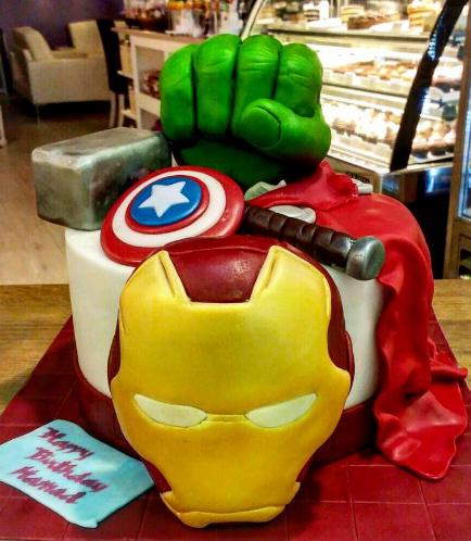 Superheroes Themed Cake 03