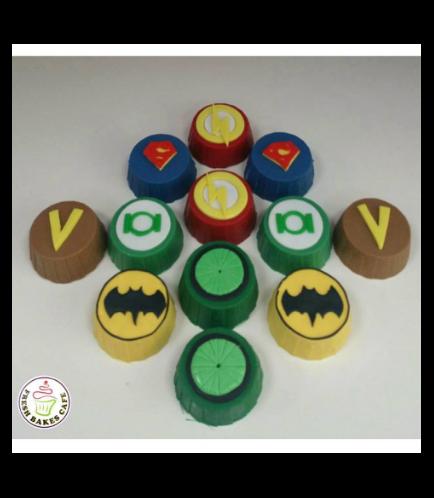 Superheroes Themed Chocolate Covered Oreos 01
