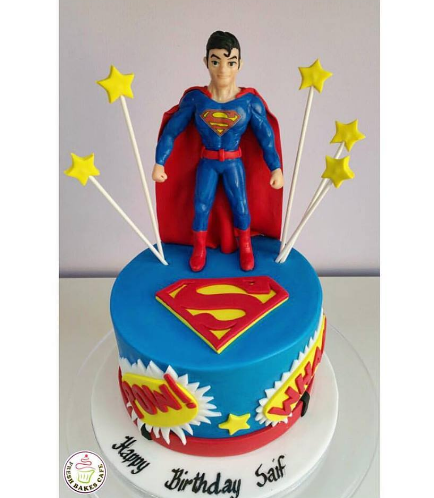 Superman Themed Cake - 3D Character 01