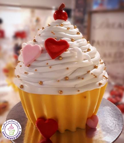 Valentine's Themed Cake - Mega Cupcake 01