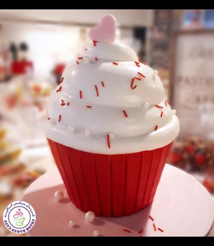 Valentine's Themed Mega Cupcake 02