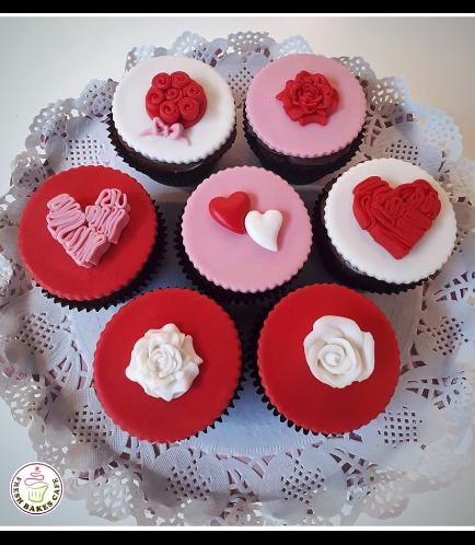 Valentine's Themed Cupcakes 05