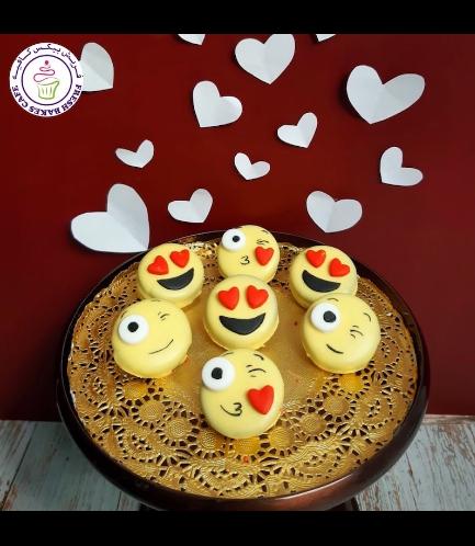 Emoji Themed Chocolate Covered Oreos 02