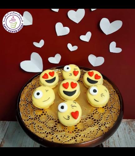 Valentine's Themed Chocolate Covered Oreos - Emojis