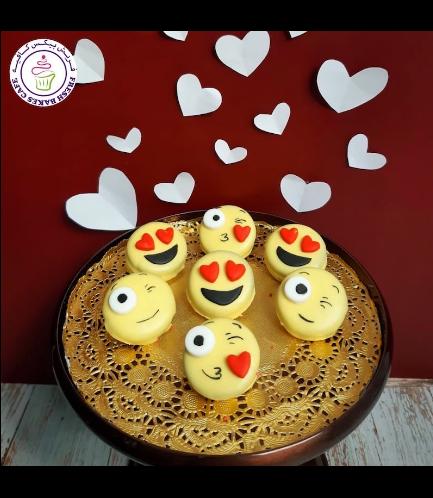 Chocolate Covered Oreos - Emojis
