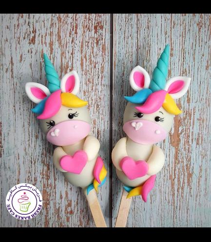 Valentine's Themed Popsicakes - Unicorns 03