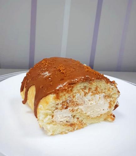 Cake Roll-Lotus Biscoff