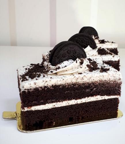 Rectangular Cake Slice-Cookies & Cream